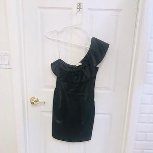 ✨Solemio✨ Black One Shoulder Dress